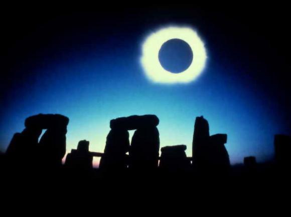 Согласно старинной кельтской легенде, Стоунхендж сотворил волшебник Мерлин